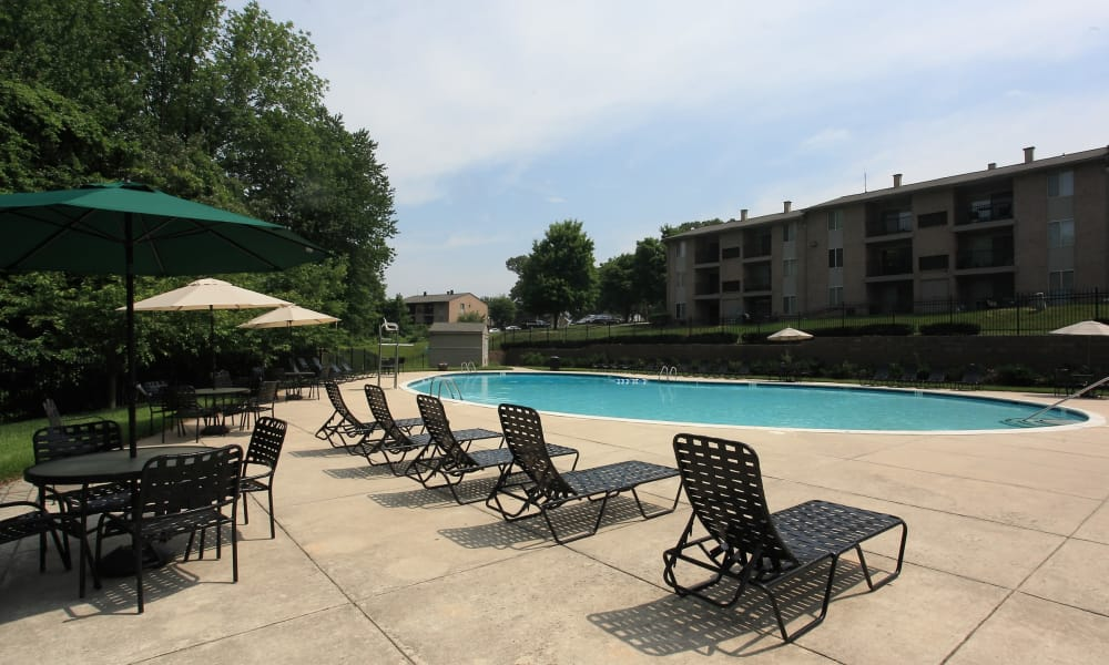 Swimming pool at Quail Hollow Apartment Homes in Glen Burnie, Maryland
