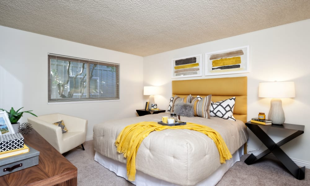 The Shadows Apartments model bedroom