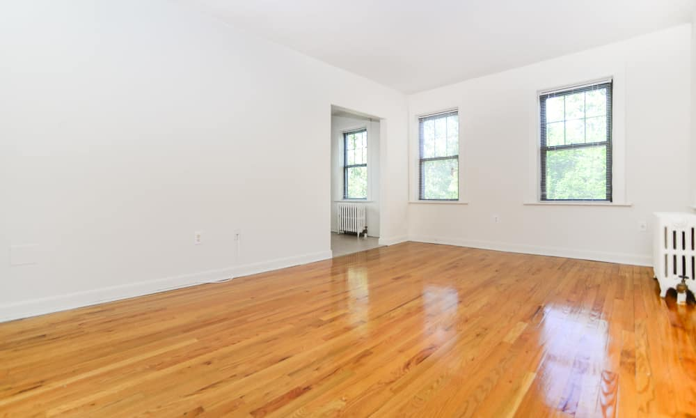 open living room at Hillside Gardens Apartment Homes
