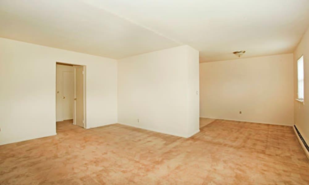 Living room at Glen Ellen Apartment Homes
