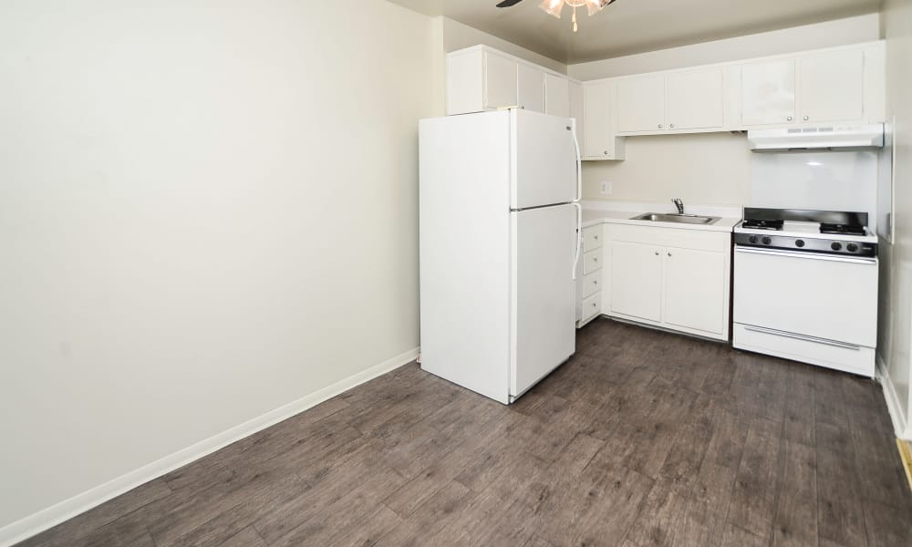 Open kitchen at Burnt Mill Apartment Homes