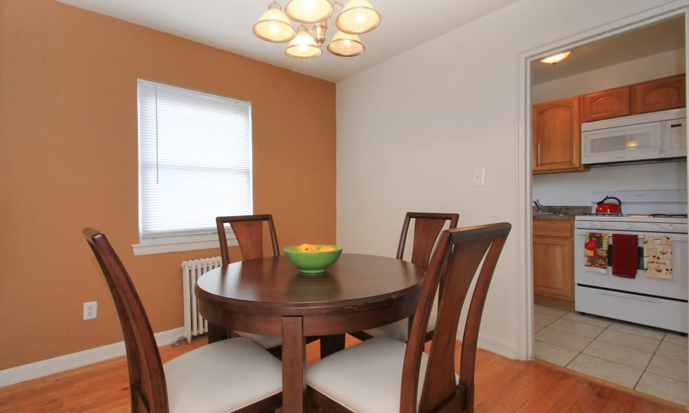 Enjoy a beautiful dining room at Elmwood Village Apartments & Townhomes