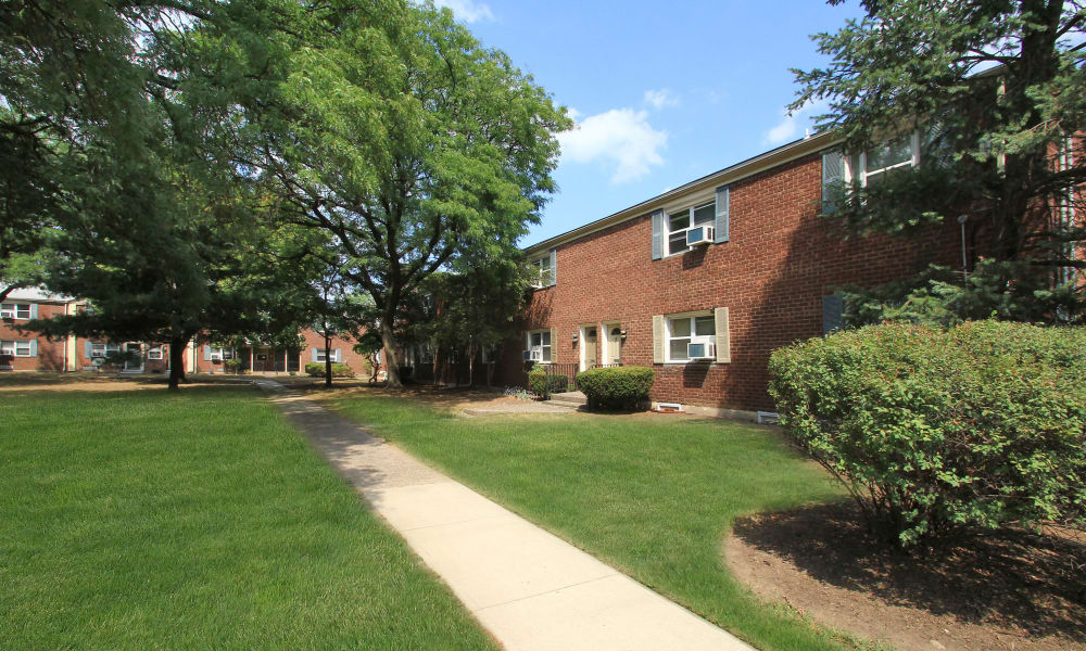 Enjoy apartments with walking paths at Elmwood Village Apartments & Townhomes