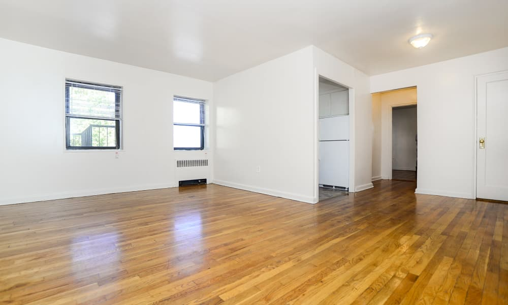 Hardwood floors at apartments in Perth Amboy, New Jersey