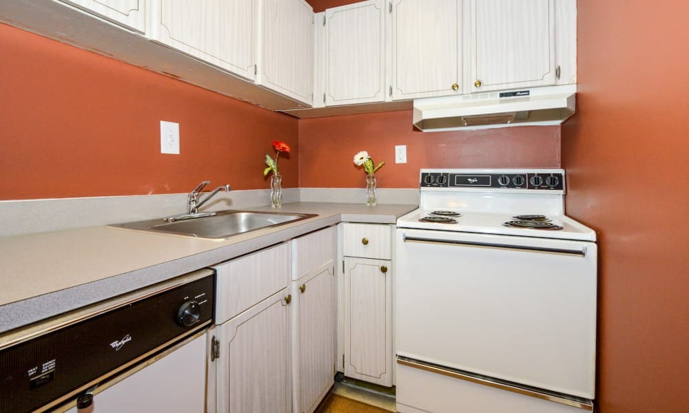 Main Street Apartment Homes offers a kitchen in Lansdale, PA