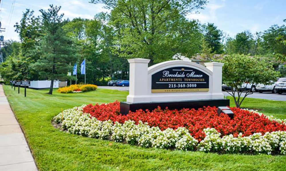 Welcome monument at Brookside Manor Apartments & Townhomes in Lansdale, Pennsylvania
