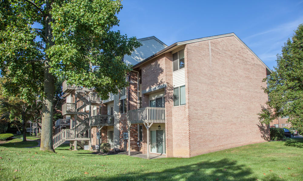 Apartments at Briarwood Apartments & Townhomes in State College, Pennsylvania