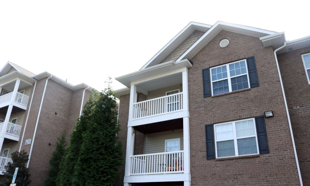 Apartments with balconies at Spartan Crossing