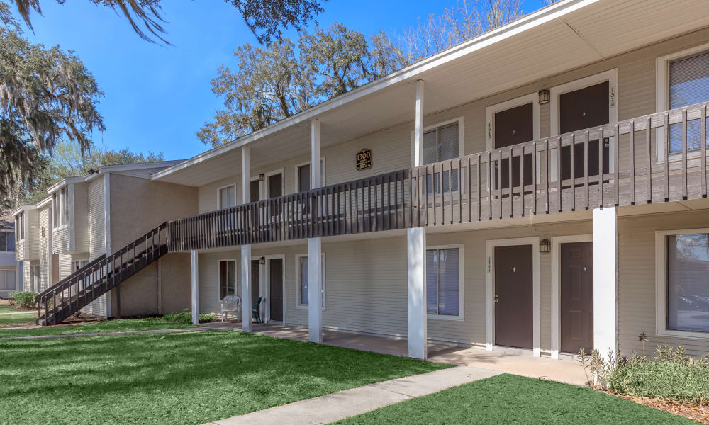Exterior view of apartments at Canopy Creek