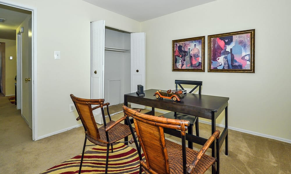Enjoy a beautiful dining room at Sherwood Crossing Apartments & Townhomes