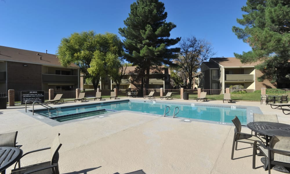Wind Tree offers a beautiful swimming pool in El Paso, Texas
