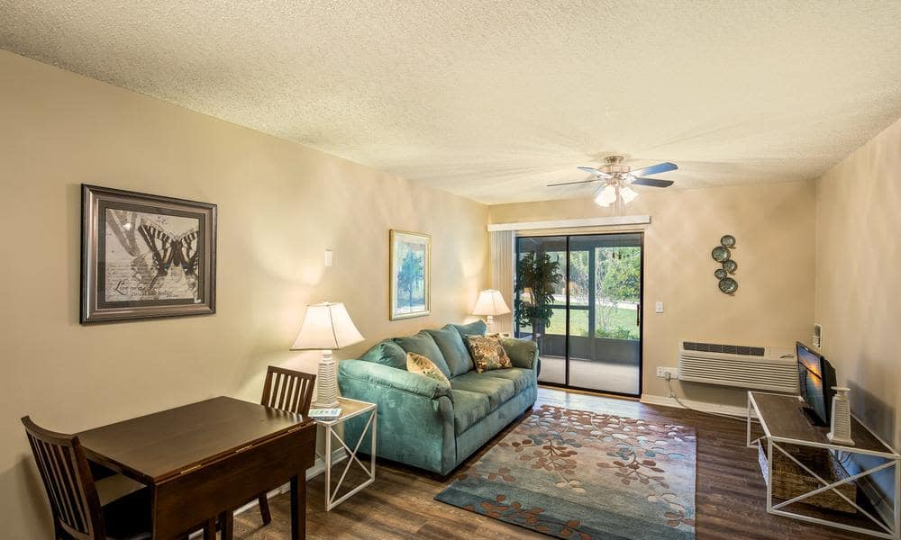 Spacious living room at Wyndham Lakes in Jacksonville, FL