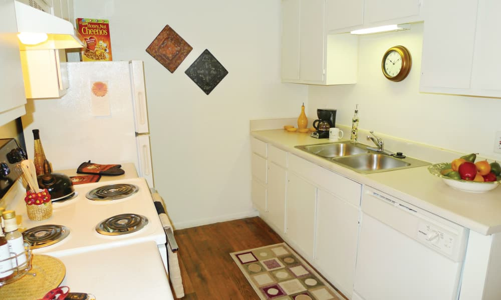 Ladera Palms offers a beautiful kitchen in Fort Worth, TX
