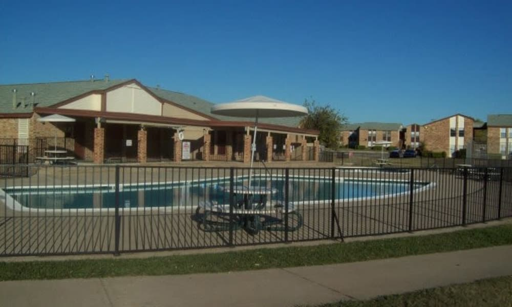 Beautiful swimming pool at Ladera Palms in Fort Worth, TX