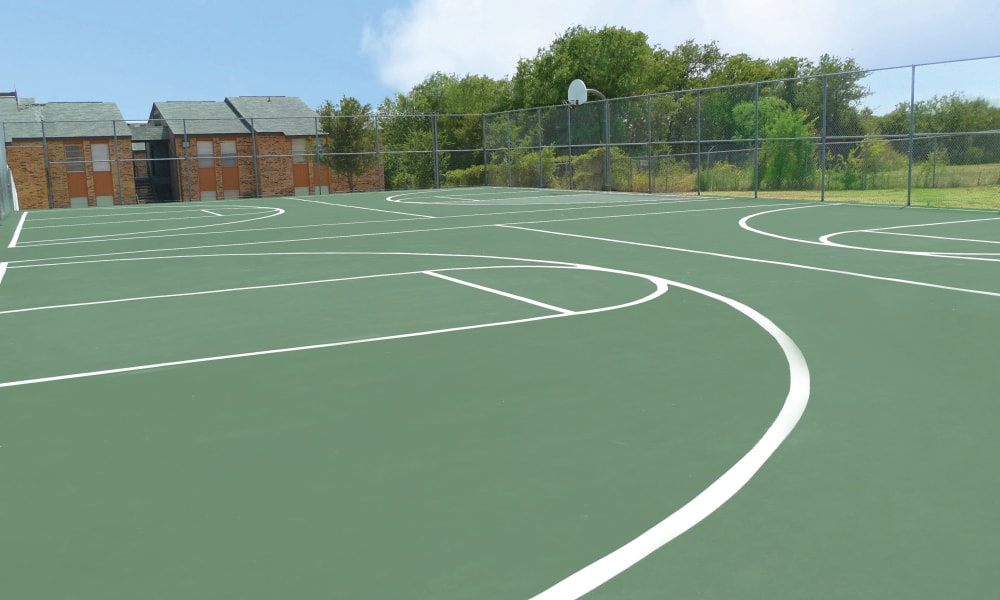 Beautiful basketball court at Ladera Palms in Fort Worth, TX