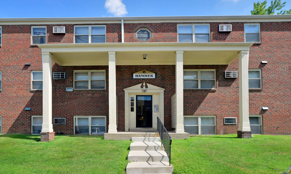 Leasing Office entryway at Hyde Park Apartment Homes in Bellmawr, NJ