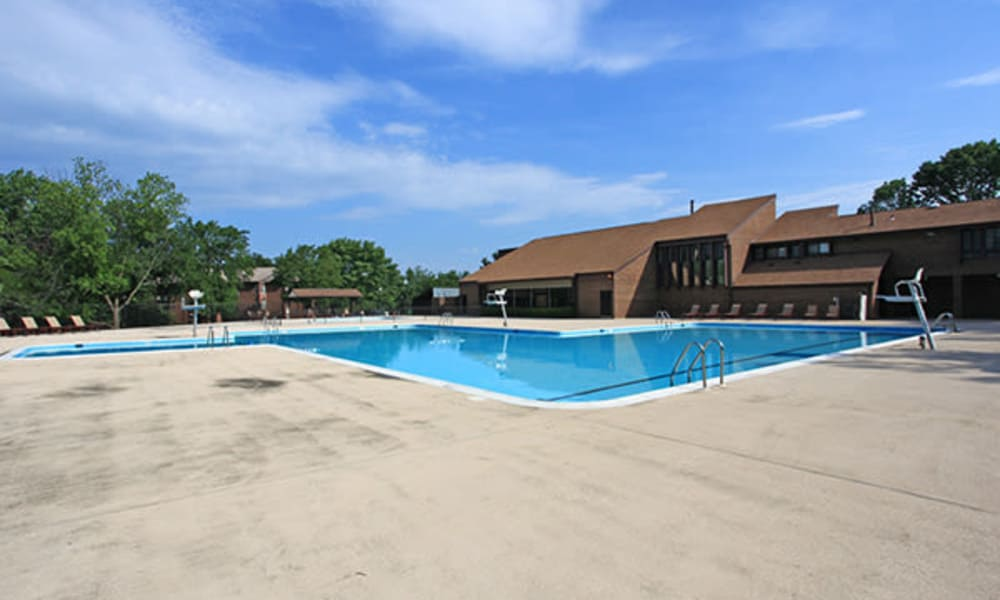 Luxury swimming pool at Carriage Hill Apartment Homes in Randallstown, Maryland