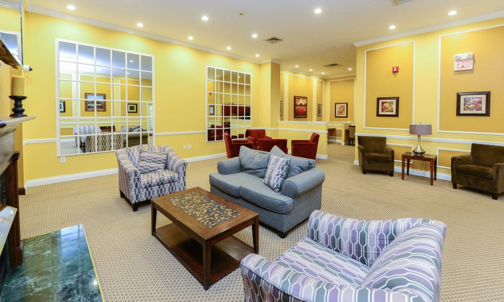 Lounge at Parkview at Collingswood Apartment Homes in Collingswood, New Jersey