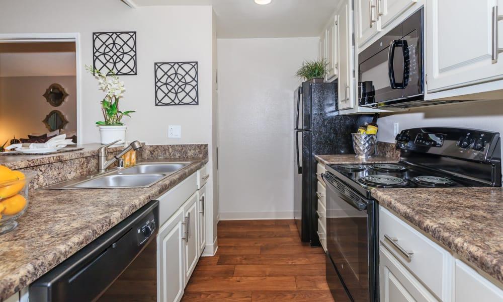 Kitchen at Parcwood Apartments