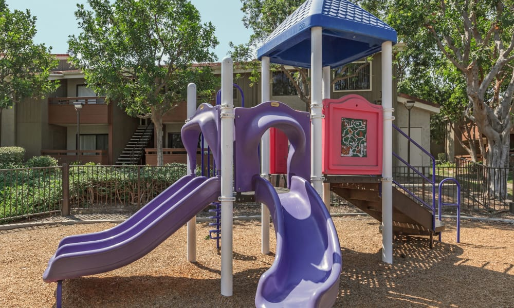 Playground at Parcwood Apartments