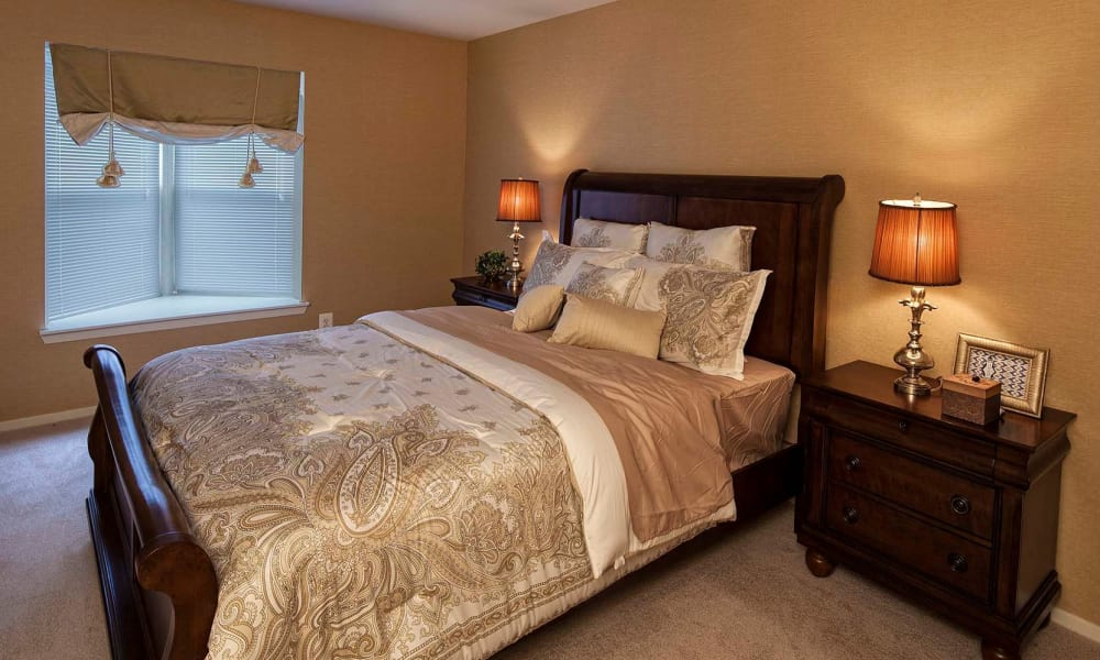 Well decorated bedroom at Amberly apartments
