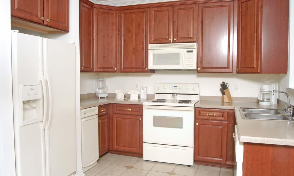 Enjoy a modern kitchen at CiderMill Village apartments