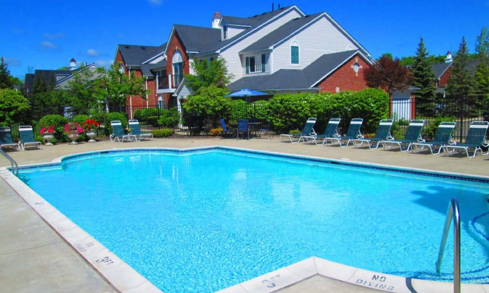 Summit Creek offers a beautiful swimming pool in Canton, MI