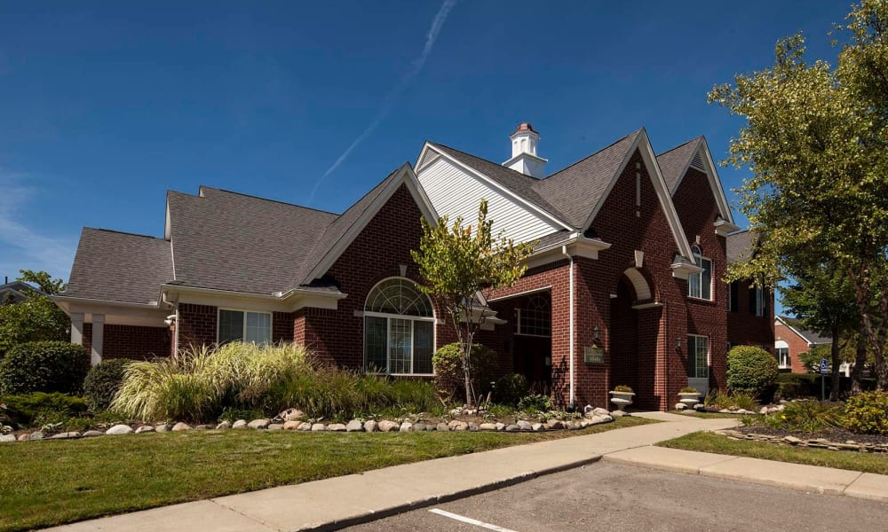 Leasing house at Summit Creek in Canton, MI