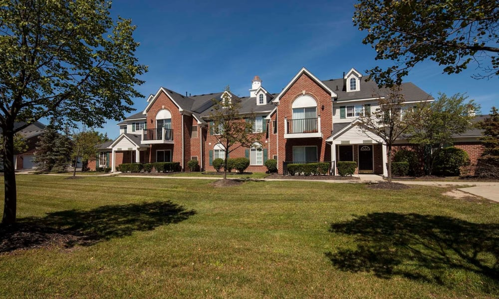 Townhomes at Summit Creek in Canton, MI