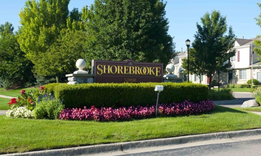 Entryway to Shorebrooke in Novi, MI