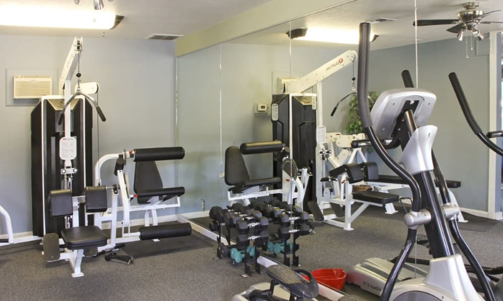 Fitness center at Mountain View Apartments