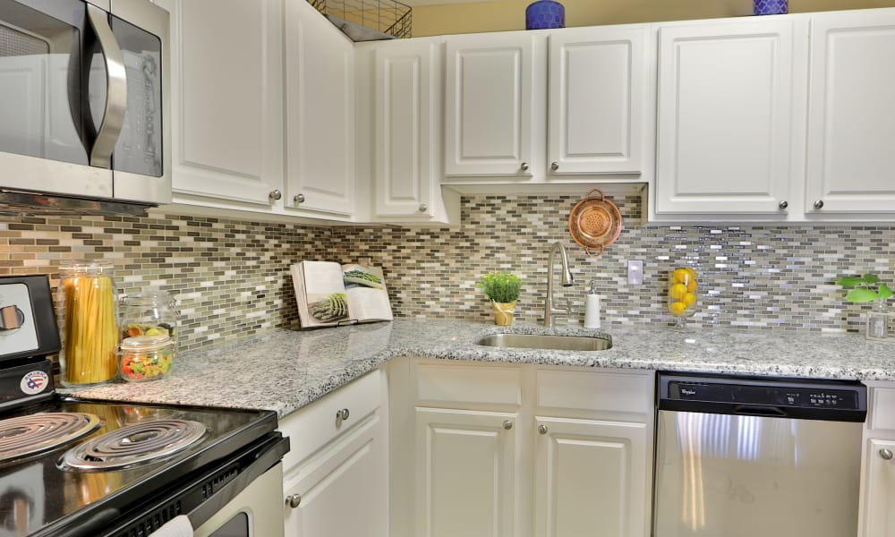 Fully equipped kitchen at Silver Spring Station Apartment Homes in Baltimore, MD