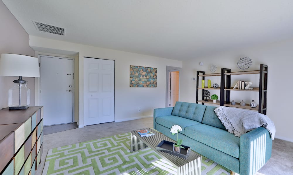 Seneca Bay Apartment Homes offers a spacious living room in Middle River, MD