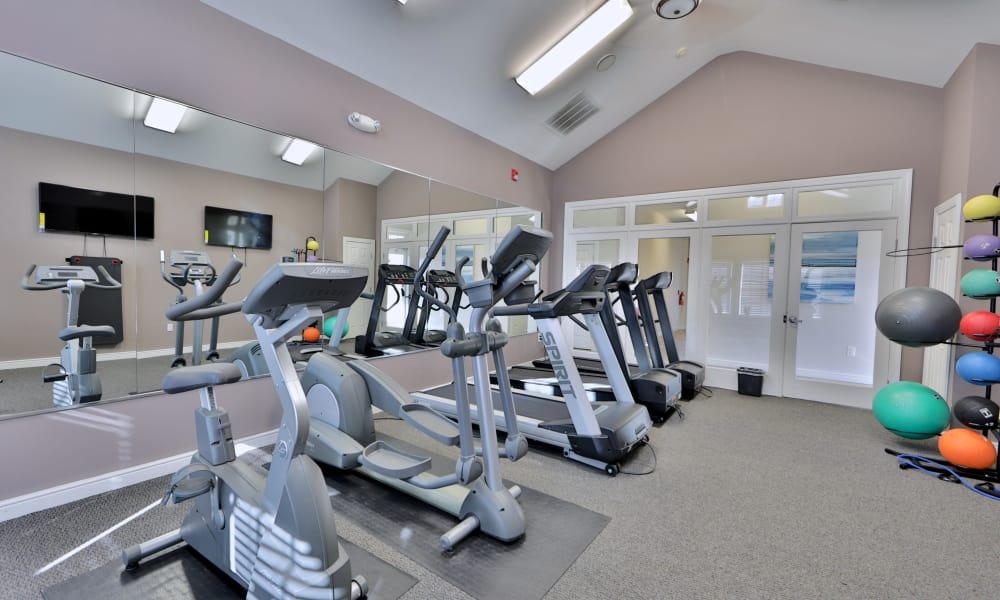 Seneca Bay Apartment Homes offers a fitness center in Middle River, MD