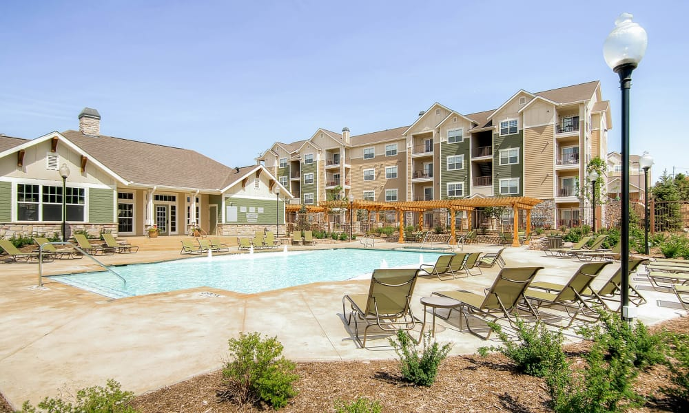 Swimming pool at Peaks at Woodmen Apartments