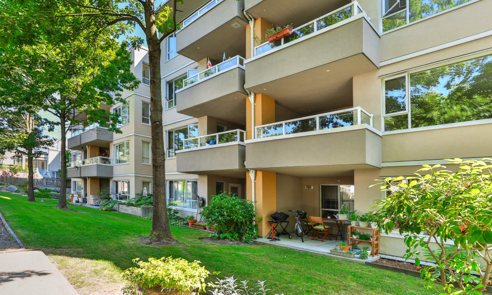 Apartments with private balconies in Vancouver, British Columbia