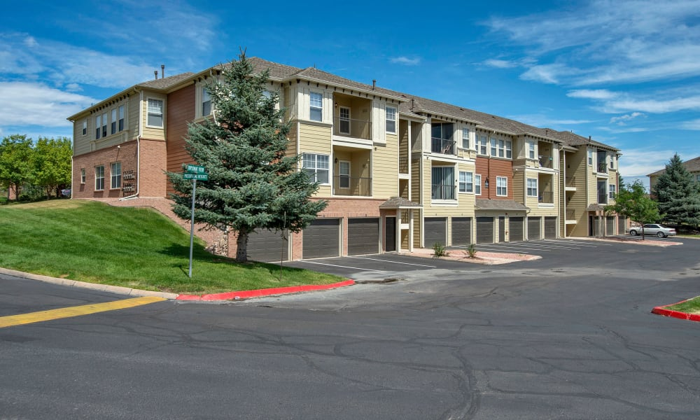 Beautiful apartments for rent at Retreat at Cheyenne Mountain Apartments