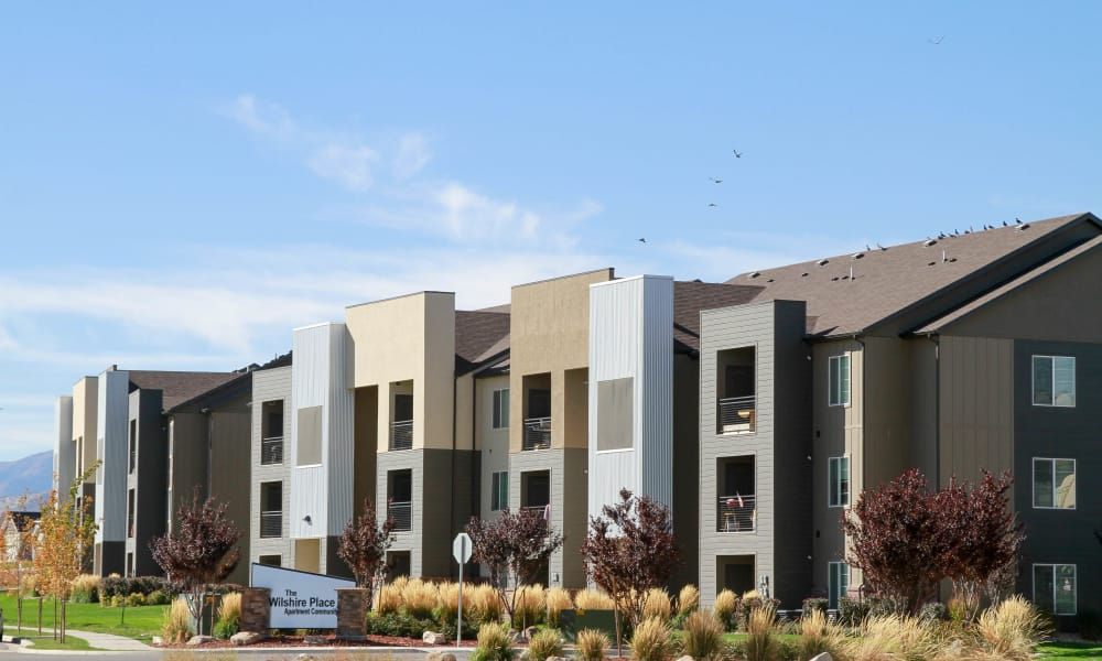 Welcome to Wilshire Place Apartments community in West Jordan, Utah