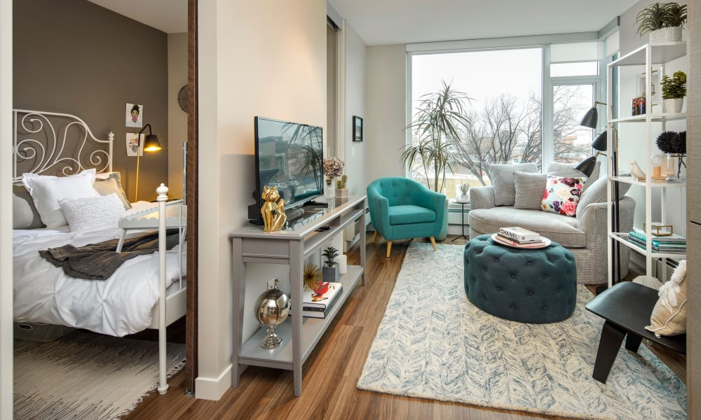 Comfy apartment at Fifteen15 in Calgary, AB