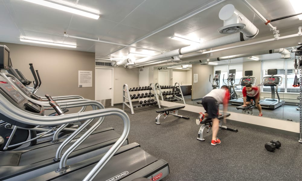 Fifteen15 offers a fitness center in Calgary, AB