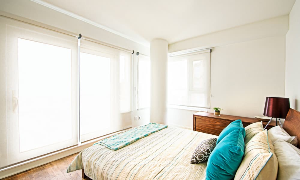 19Twenty Apartments offers a naturally well-lit bedroom in Halifax, Nova Scotia