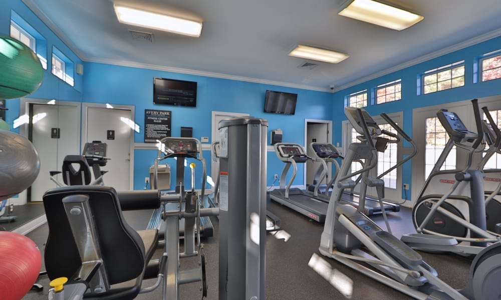 Stay healthy in the Avery Park Apartment Homes fitness center