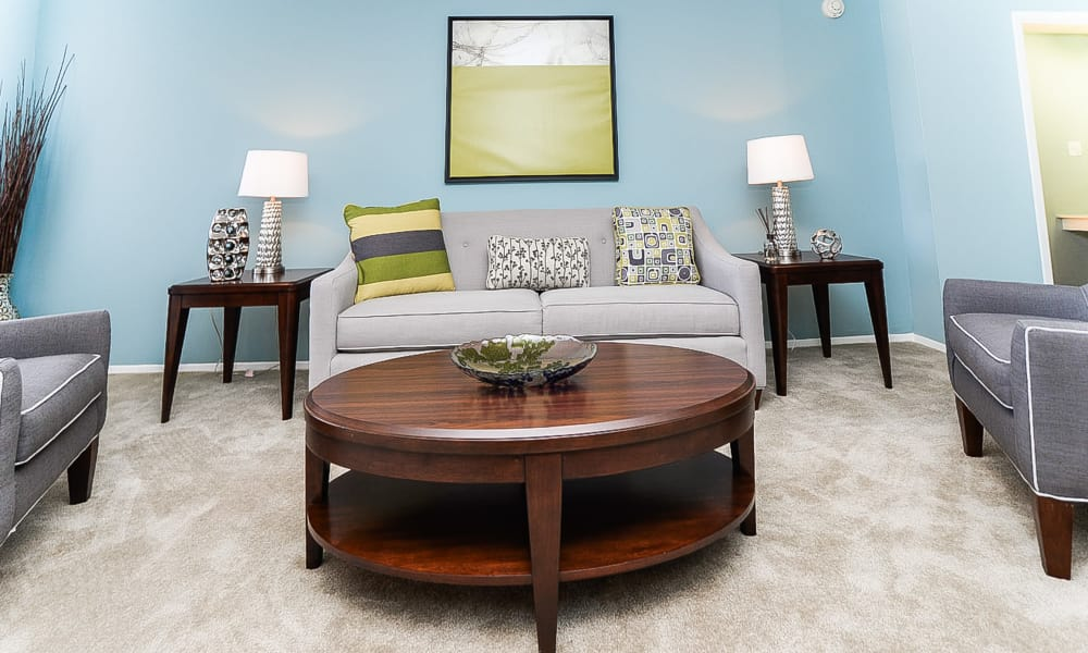 Place One Apartment Homes offers a beautiful living room in Plymouth Meeting, Pennsylvania