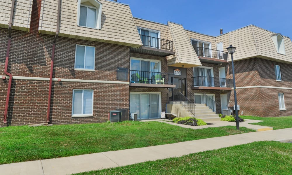 Country Village Apartment Homes offers a walking paths in Dover, Delaware