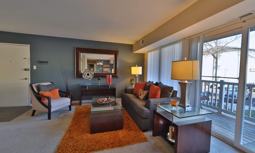 Briarwood Place Apartment Homes offers a beautiful living room in Laurel, Maryland