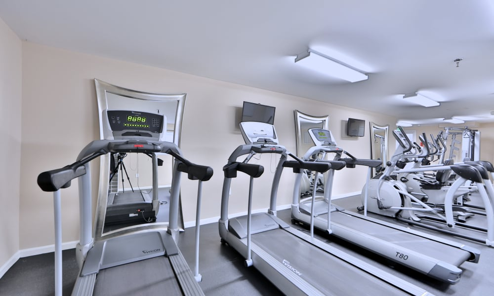Northwest Crossing Apartment Homes offers a fitness center in Randallstown, Maryland