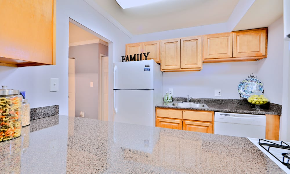 Our apartments in Randallstown, Maryland offer a kitchen with breakfast bar