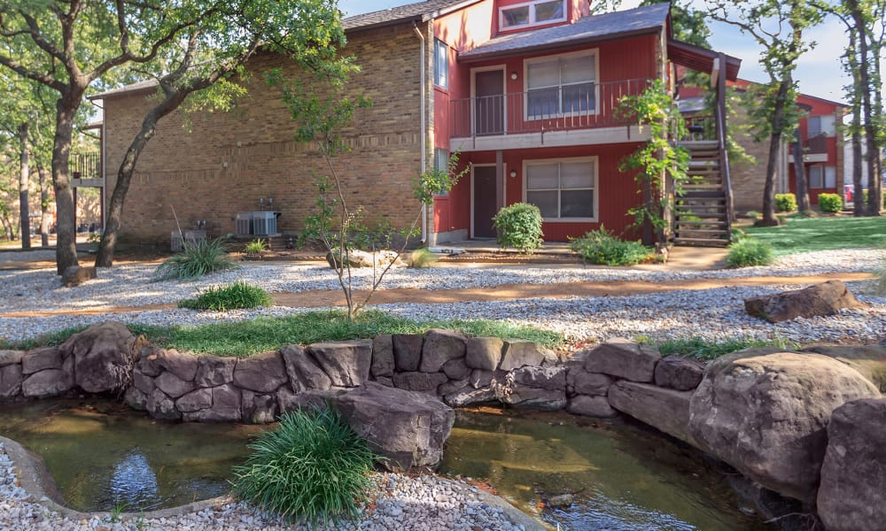 Peaceful setting at The Summit at Landry Way in Fort Worth, TX