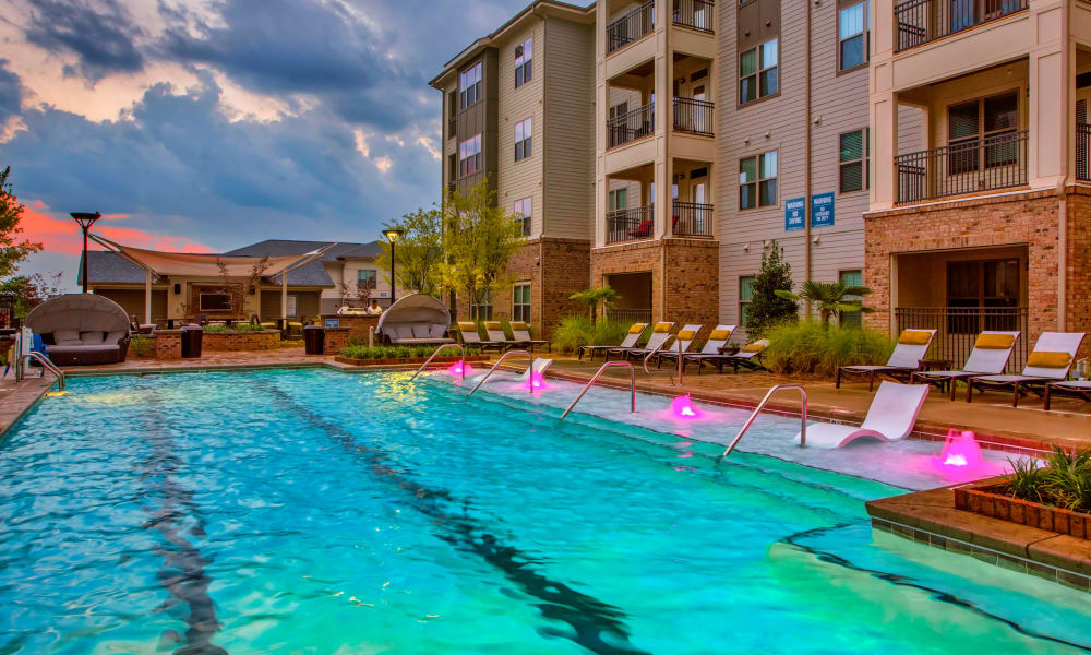 Our apartments in Charlotte, North Carolina offer a swimming pool