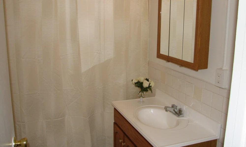 Bathroom at Springwood Gardens